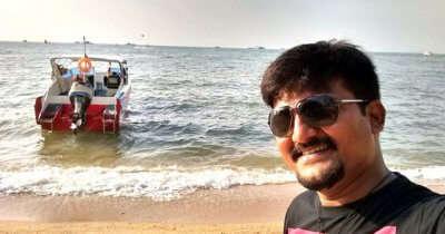 Amit enjoying on his trip to Thailand