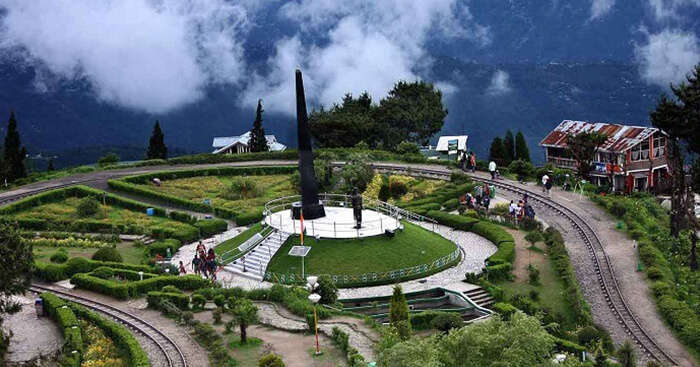 22 Scenic Tourist Places In Darjeeling You Must Visit In 2020!