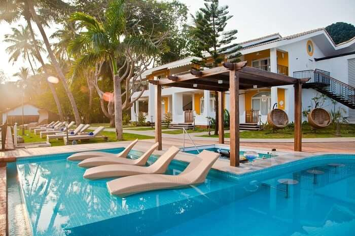 The studded waterfront of Acron makes it one of the best hotels in Goa near Baga Beach