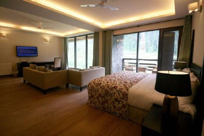 The super comfy rooms of Hotel RahVillas in Sonmarg