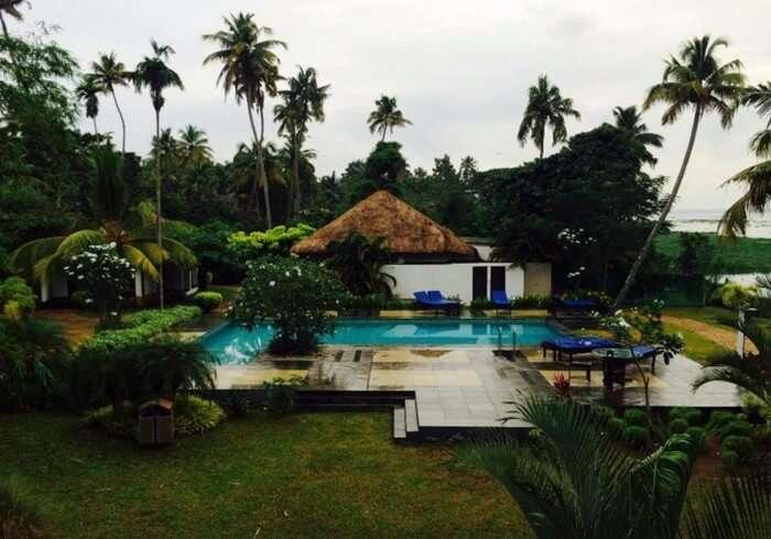 Pool cottages at Deshadan Backwater resort