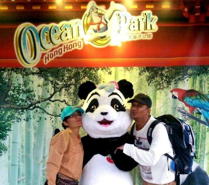 Befriending pandas and funny selfies in Hong Kong Ocean Park