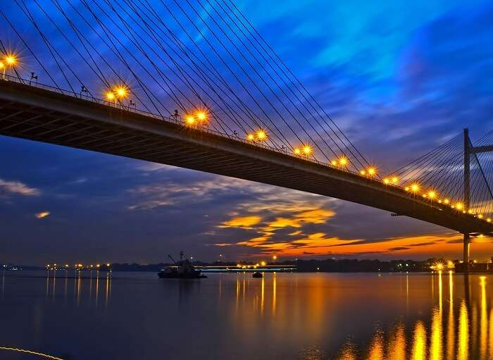 The beauty of romantic places in Kolkata