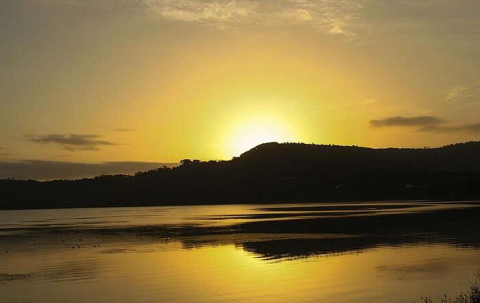 Sunset at Khadakwasla Dam – one of romantic places to visit in Pune