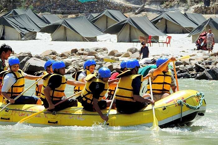 Rafting and camping in Rishikesh facilities available in Uttarakhand