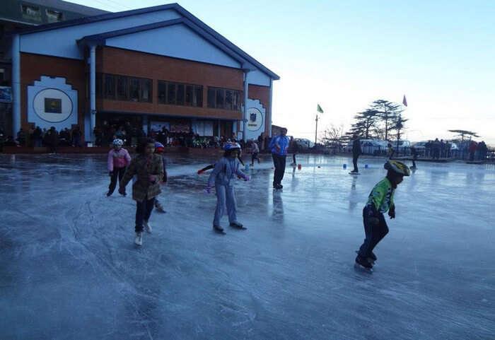 Kids skating in Mussoorie