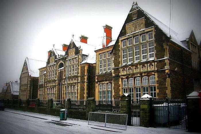 Snow-covered buildings and street in Lansdowne in winter season