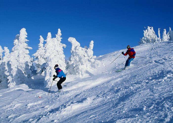 Indulge in skiing in Mashobra during winters
