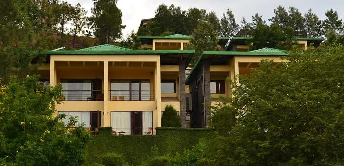 An outside snapshot of Suryavilas Resort in Solan - One of the best resorts in Himachal