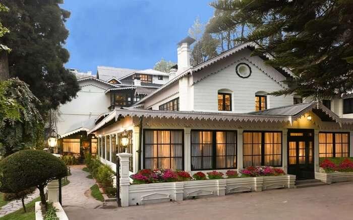 The Elgin is a luxury resort in Darjeeling meant for a refreshing getaway