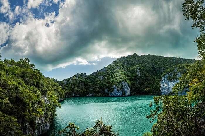 A view of the Emerald Green Lagoon at the Angthong Marine National Park