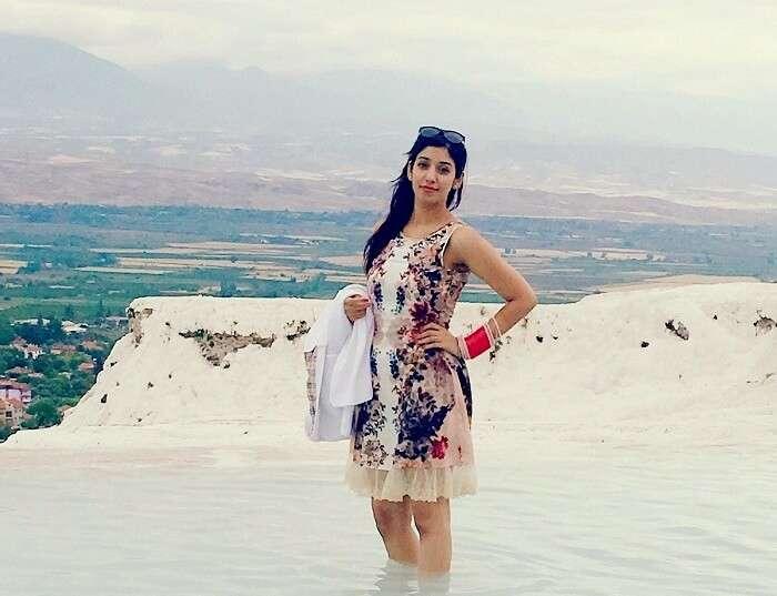 Jasmeet posing in the hot water springs in Pamukkalle