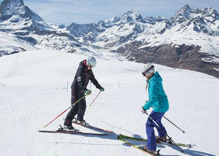 Novice skiers in Himalayas
