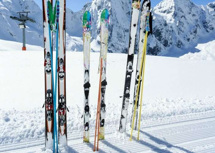 Skiing in Rohtang pass can enjoyed during peak winters