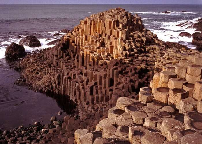 Symmetrical rock formation at the Giant's Causeway in Ireland