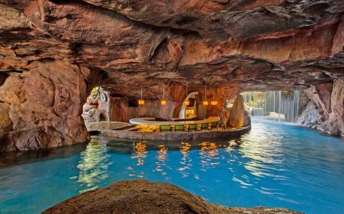 Pool in a tunnel in Hawaii