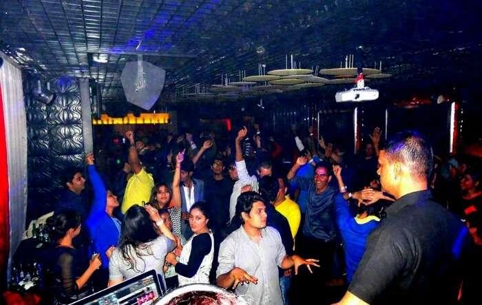 People partying at the Grunge nightclub