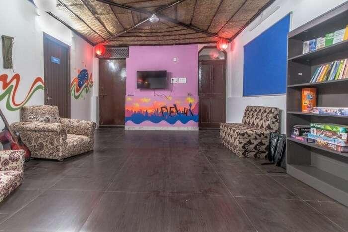 The vibrant interiors of Backpacker Panda in Pahar Ganj