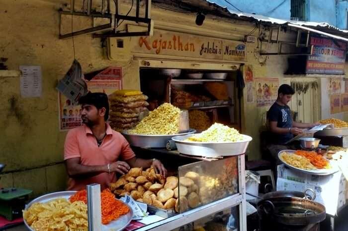 The stall full of fresh jalebis at Rajasthani Jalebi and Namkeens