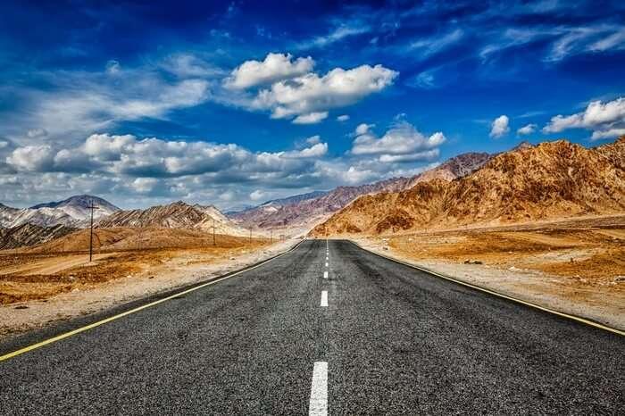 A road leading to Ladakh
