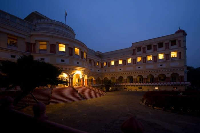 A charming Sariska Palace in Alwar at night