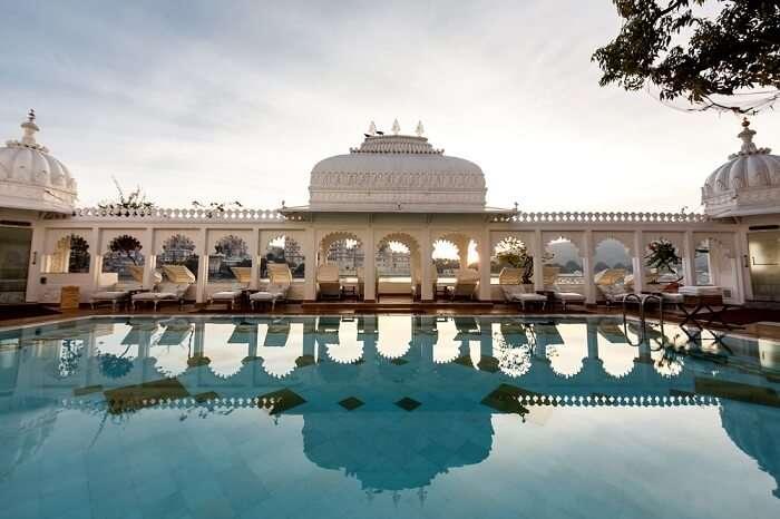 Udaipur Hotel Taj Lake Palace