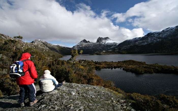 Hikers at Tasmania's Cradle Mountain and Dove Lake