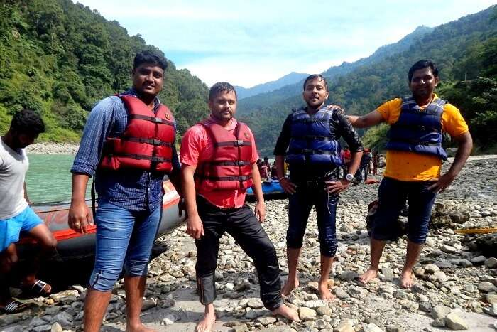 After completing the rafting course in Teesla River
