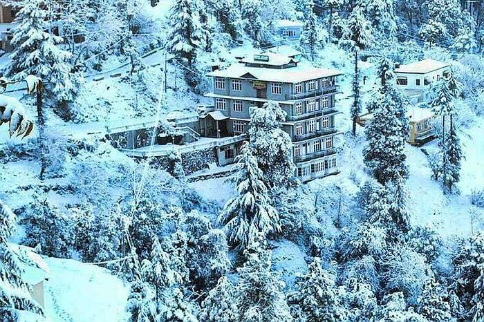 A snap of the snow-covered Hotel Ekant in Chail