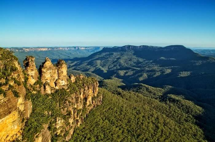 Fantastic view of the blue mountains
