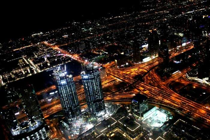 Witnessing awesome cityscapes from atop the Burj Khalifa