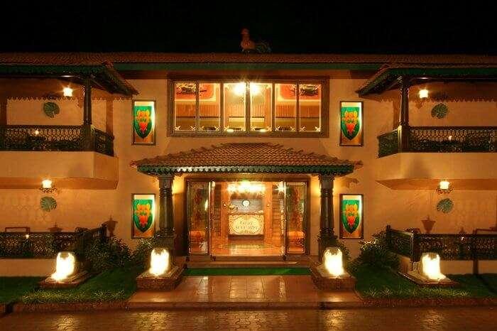 Casa Severina main gate