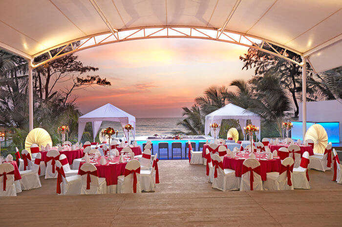 Sunset sky at Fahrenheit hotel