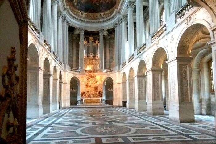 magnificent edifice in Paris
