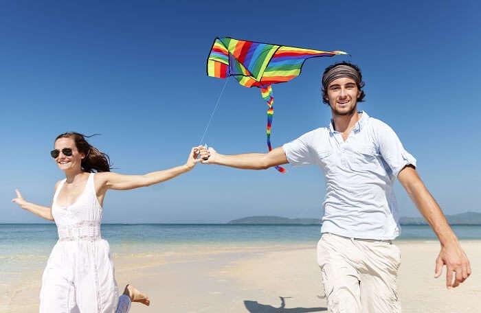 Couple at the Kite Beach, Dubai