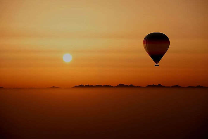 Hot Air Ballooning on honeymoon in Dubai