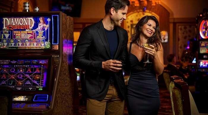 Couple at Bellagio Casino Vegas