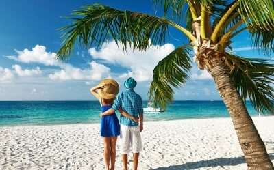 couple at maldives beach