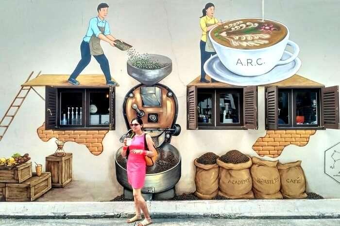 coffee artwork in arab street