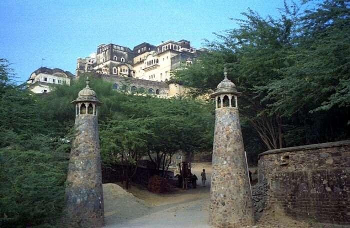 Neemrana Fort Palace, Alwar