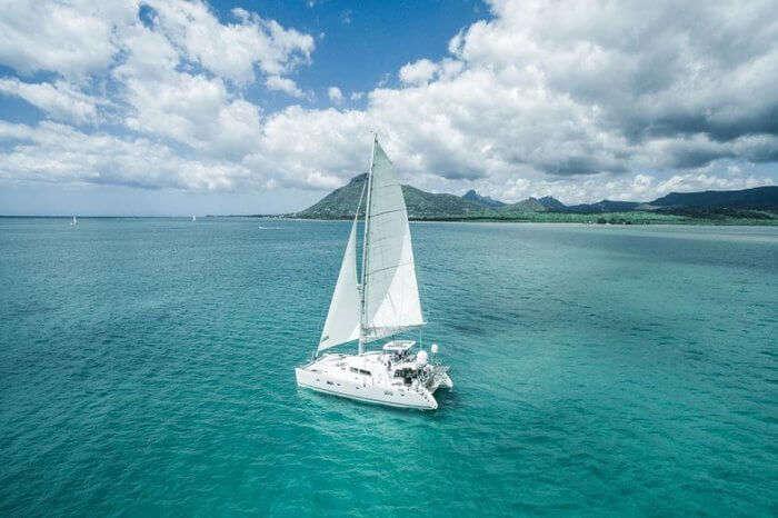 Catamaran Cruise to Flat Island
