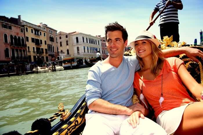 Enjoy a cuddlesome gondola ride