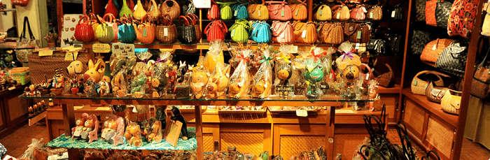 shop souvenirs in bali