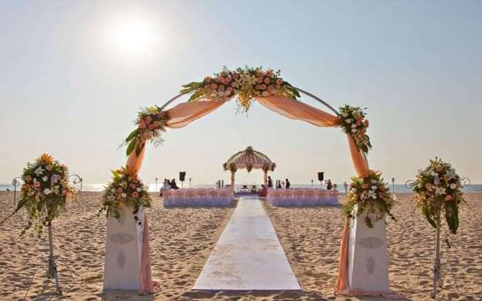 Wedding arrangement in Zuri White Sand Resort