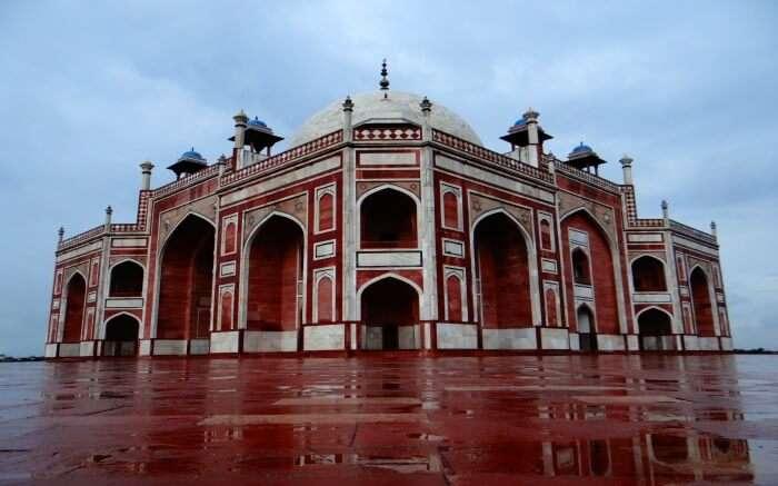 Humayun's Tomb after rainSS13042017