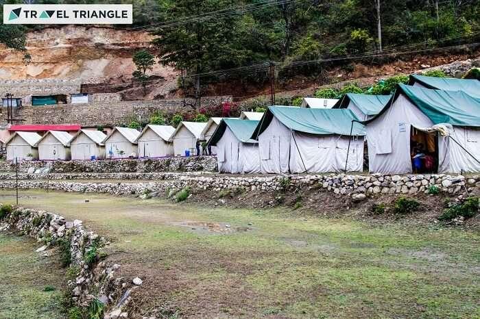 rishikesh campsite in the evening