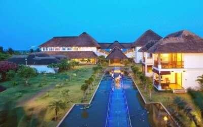 Le Pondy Resort with outdoor dinner setup