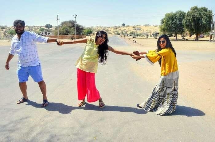 having fun enroute jaisalmer