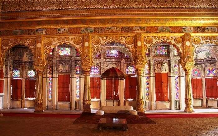 Phool Mahal beautiful interior