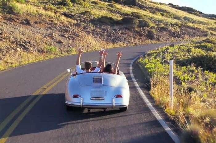 acj-3005-romantic drive-in-classic-car